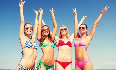 jak vybrat plavky