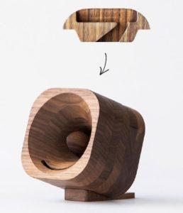 dřevěný reproduktor